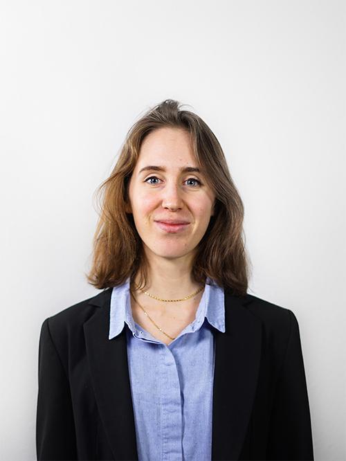 Isaure BÉDIER - Responsable du Pôle Communication de notre Junior Entreprise emlyon junior conseil