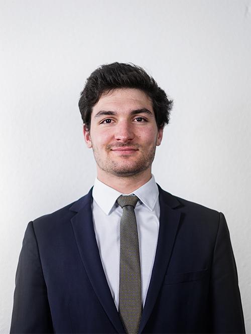 Oscar de FOUGEROUX - Responsable du Pôle SI de notre Junior Entreprise emlyon junior conseil