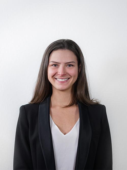 Victoire HURUGUEN - Responsable Qualité Prix d'Excellence de notre Junior Entreprise emlyon junior conseil