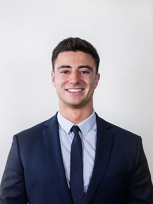 Victor VILLEMANN - Responsable du Pôle Développement Commercial de notre Junior Entreprise emlyon junior conseil
